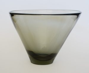 Per Lutken Thule bowl designed for Holmegaard.