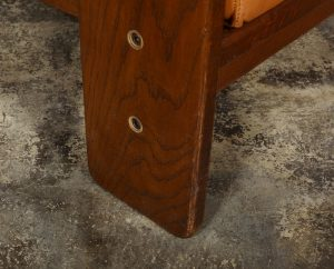 Tobia Scarpa Bastiano chair leg detail