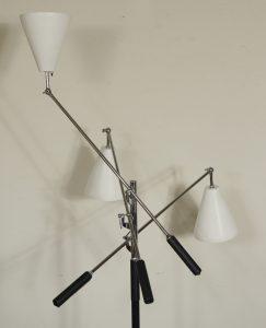 Mid century Italian trinnale style floor lamp.